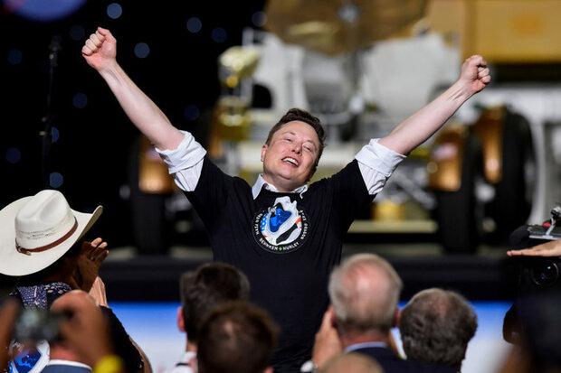 دومین مرد ثروتمند جهان