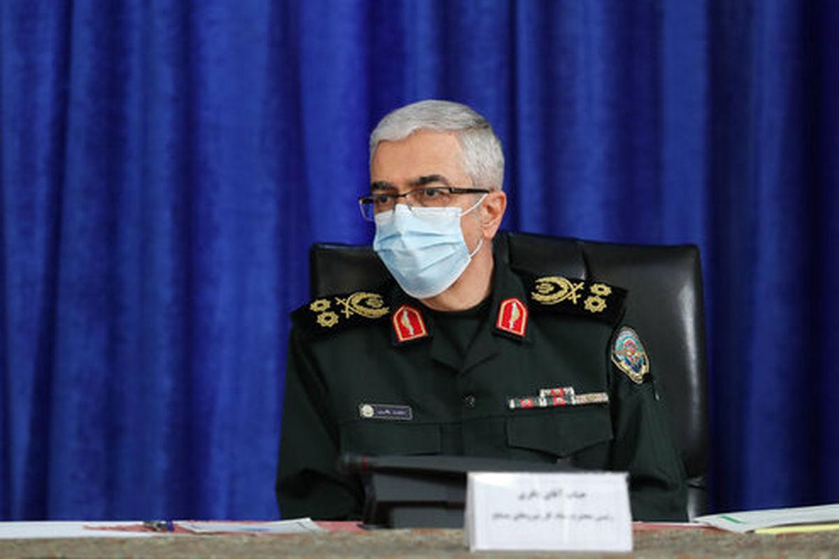 قدردانی سرلشکر باقری از فرماندهان کل سپاه و ارتش