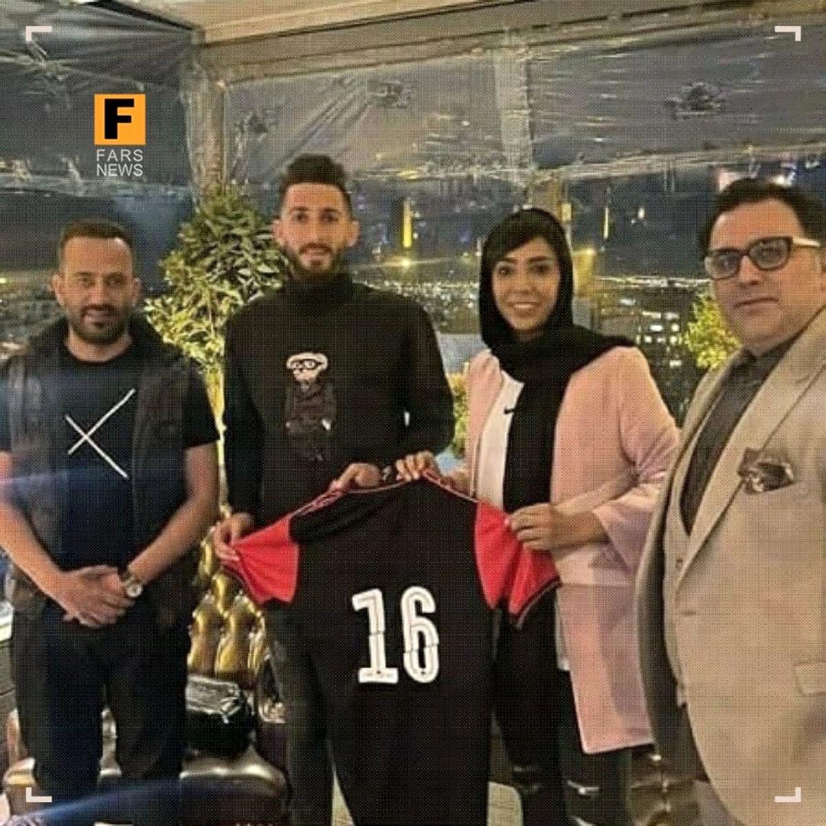 فوتبالیست ایرانی برای نزدن ماسک ۲۰میلیون تومان جریمه شد +عکس
