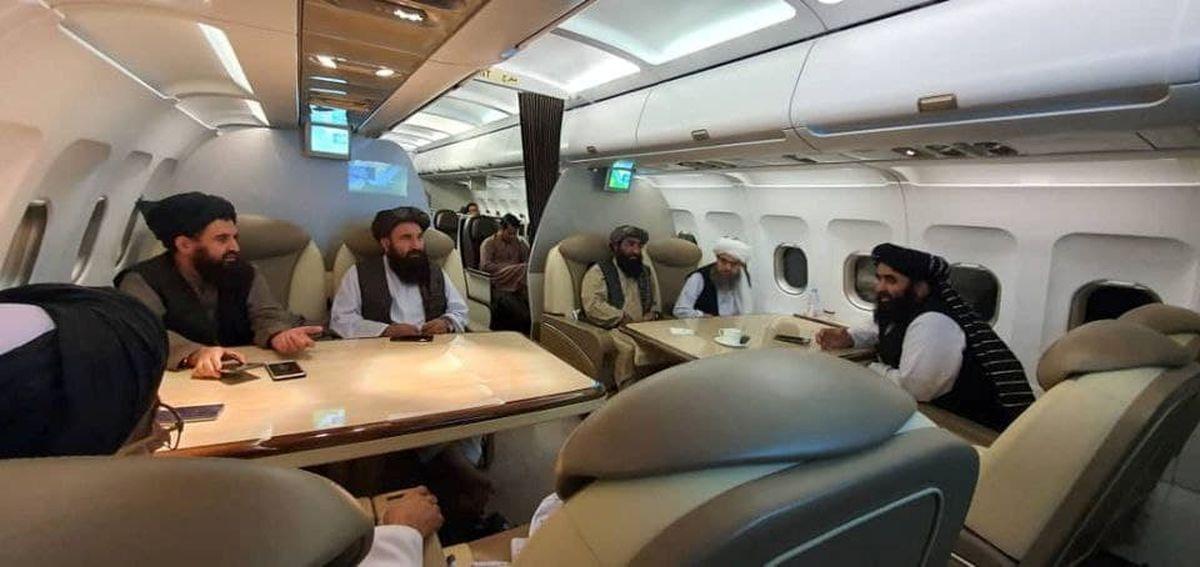 عکس: طالبان در هواپیمای VIP