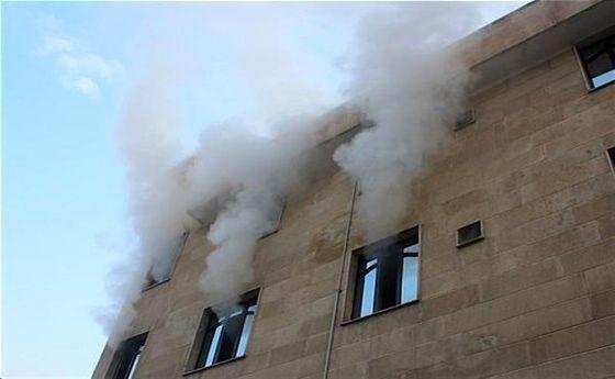 تصاویر: آتشسوزی کارگاه طلاسازی در بازار تهران