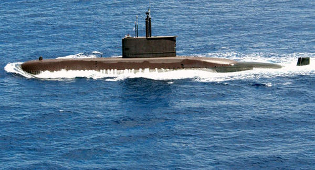 علت حضور زیردریایی بیگانه در رزمایش ایران از زبان رسانه روسی