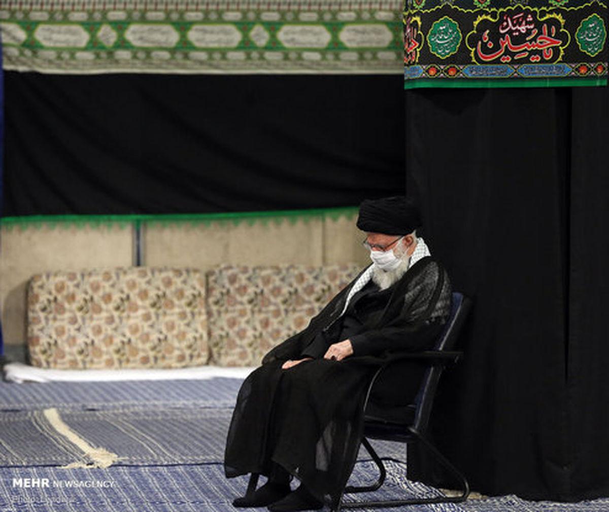 تصاویر: مراسم عزاداری شب هشتم محرم در حسینیه امام (ره)