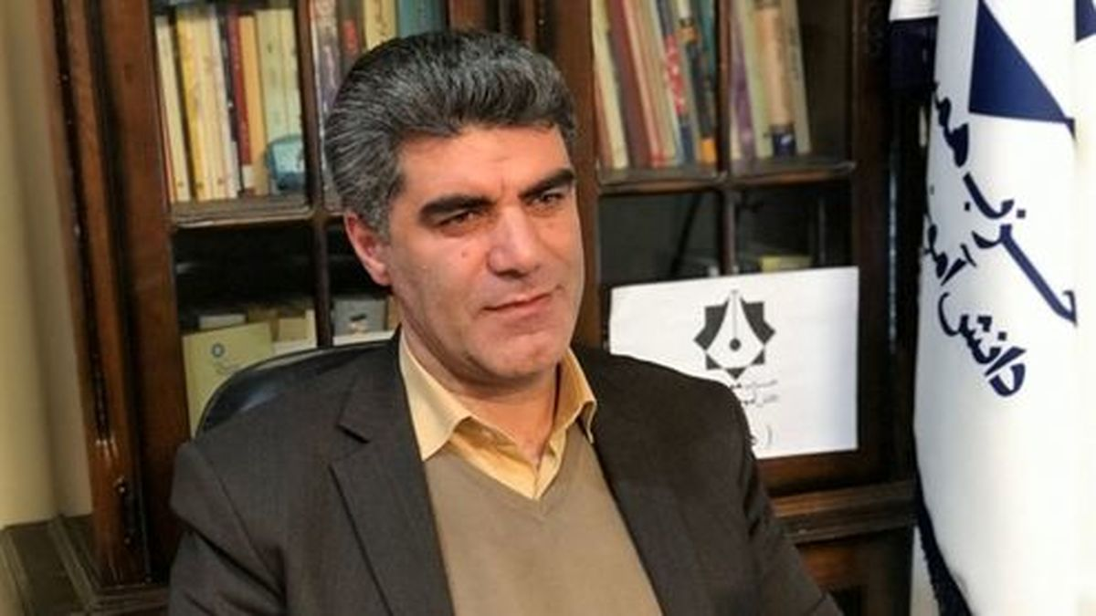 احمد شریف: اصلاحطلبان مسئولیت حمایت از دولت روحانی را پذیرفته اند