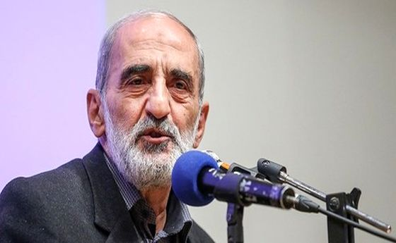 شریعتمداری: آقای روحانی! اصل نظام بهانه آمریکاست