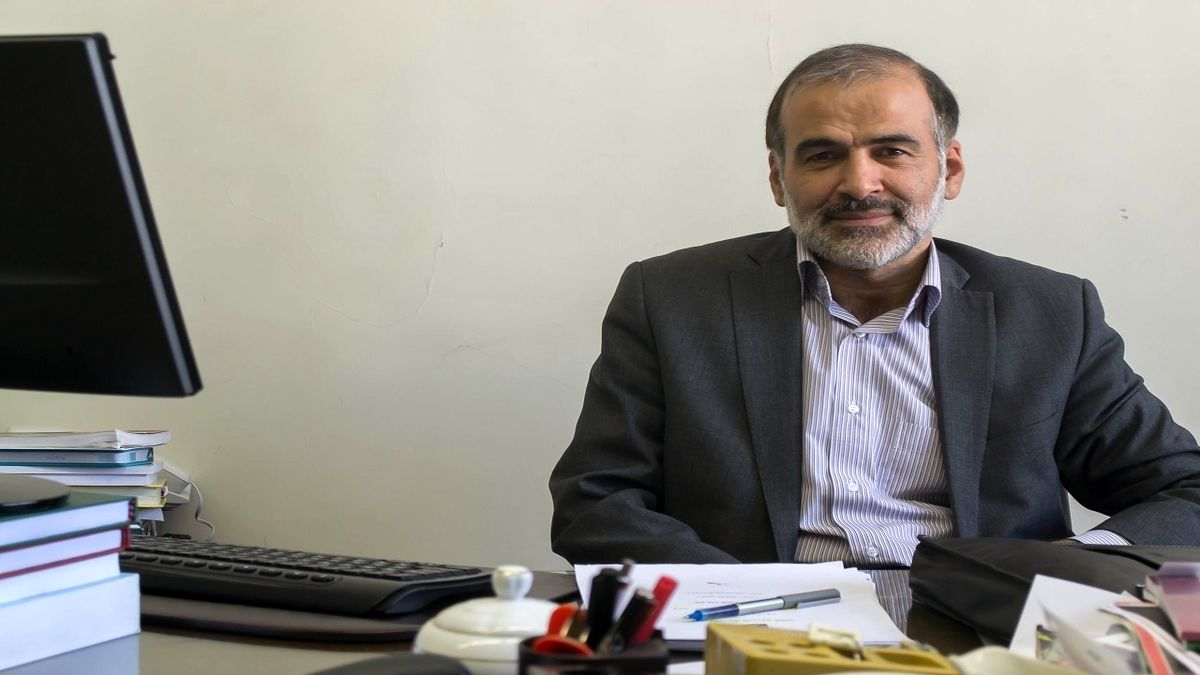 یزدان پناه: غرب باید ۵ تحریم موثر ایران را برمیداشت