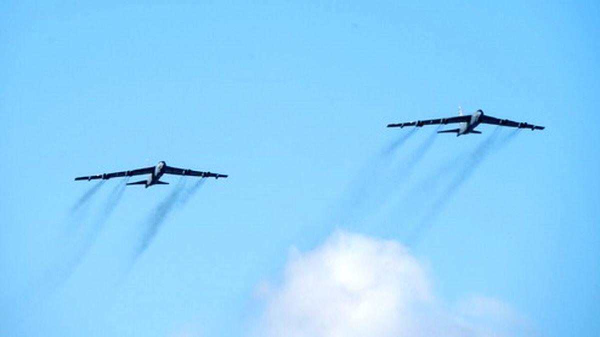 پرواز بمبافکنهای آمریکایی بر فراز خلیج فارس