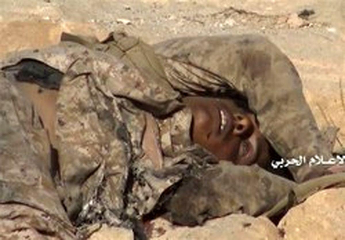 از پای درآمدن ۴ نظامی سعودی به دست تکتیراندازان یمن