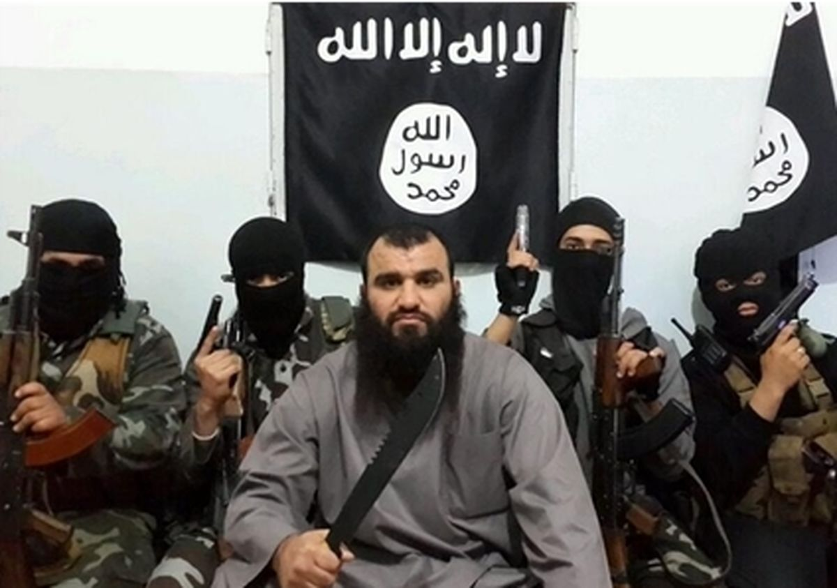 موج جدید متواری شدن تروریست ها از عراق و سوریه/ البغدادی به مصر رفت؛ ابوعمرچیچانی مدیریت داعش را در دست گرفت+ تصاویر