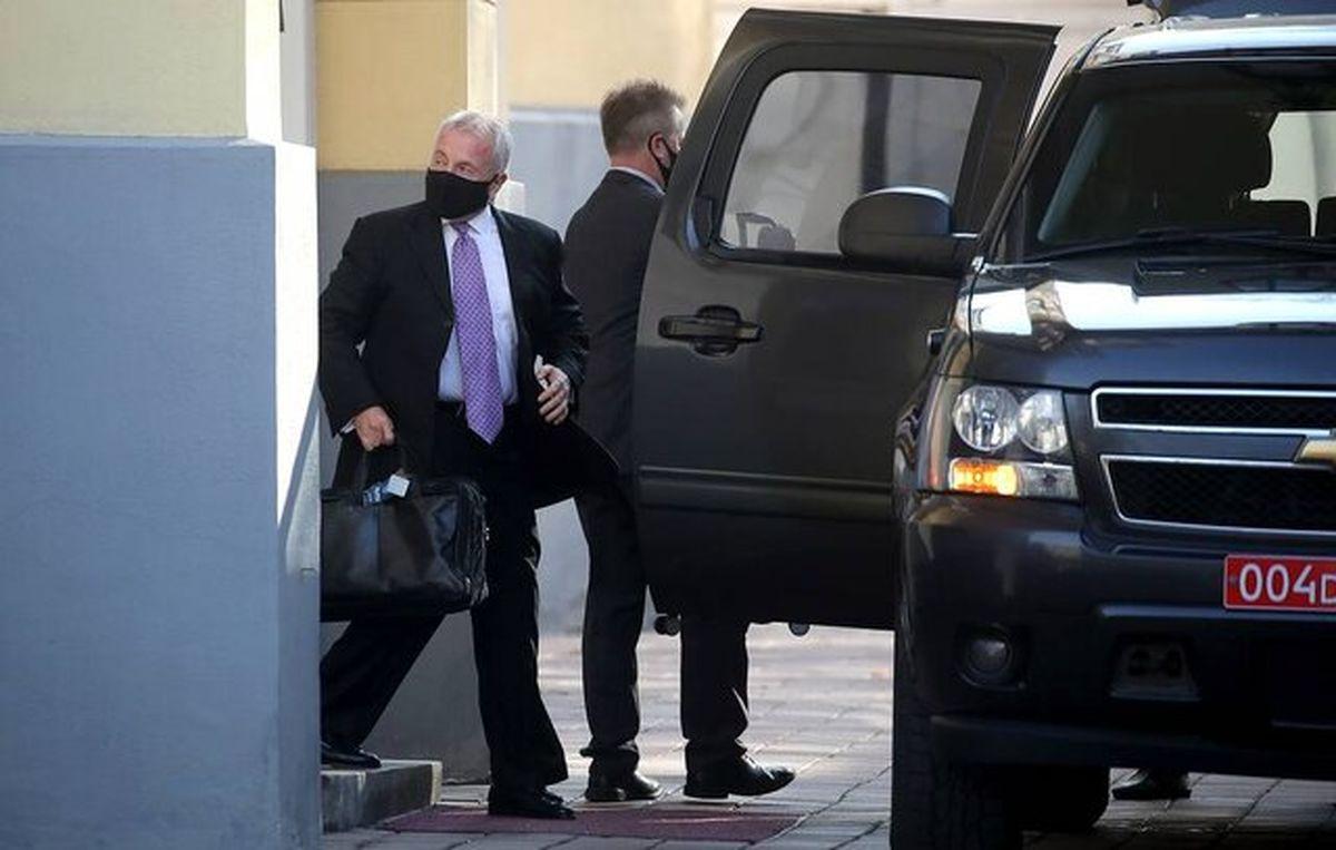 اظهار نظرهای جالب در مورد بازگشت سفیر ایالات متحده  به کشورش