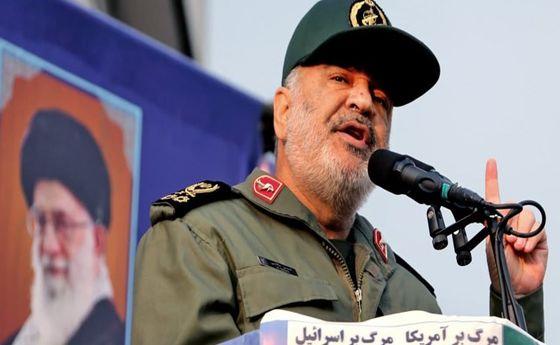 سرلشکر سلامی: هنر سپاه شکستن قدرت های استکباری است