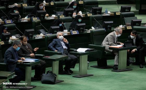 تصاویر: نوبخت در اولین جلسه بررسی لایحه بودجه ۱۴۰۰