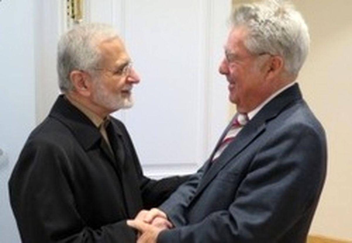 خرازی: آمریکا قابل اعتماد نیست