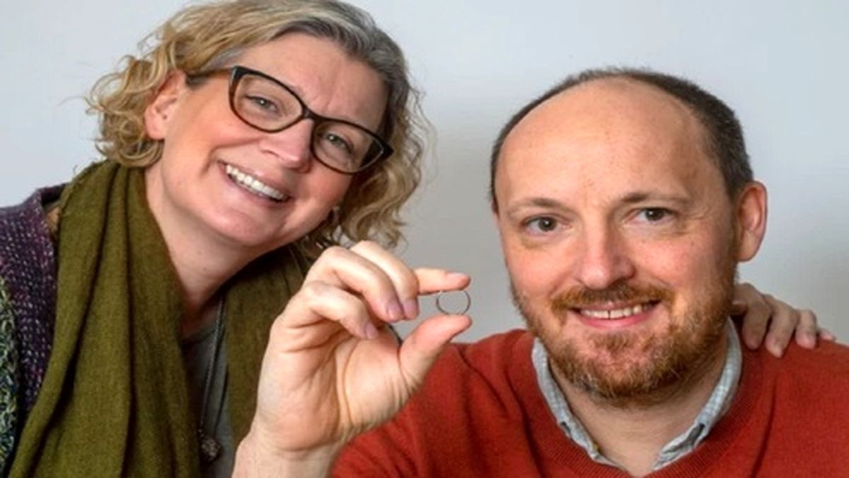 پیدا شدن عجیب حلقه ازدواج پس از ۶ سال! +عکس