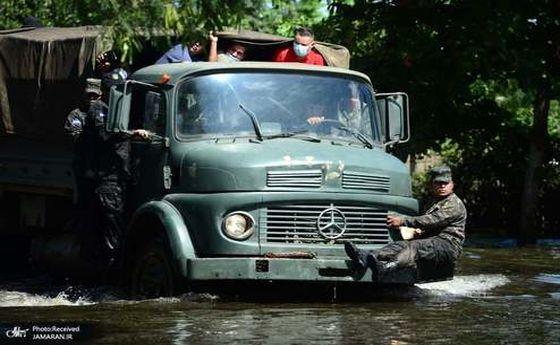 عکس: حرکت عجیب نظامی هندوراسی روی کامیون