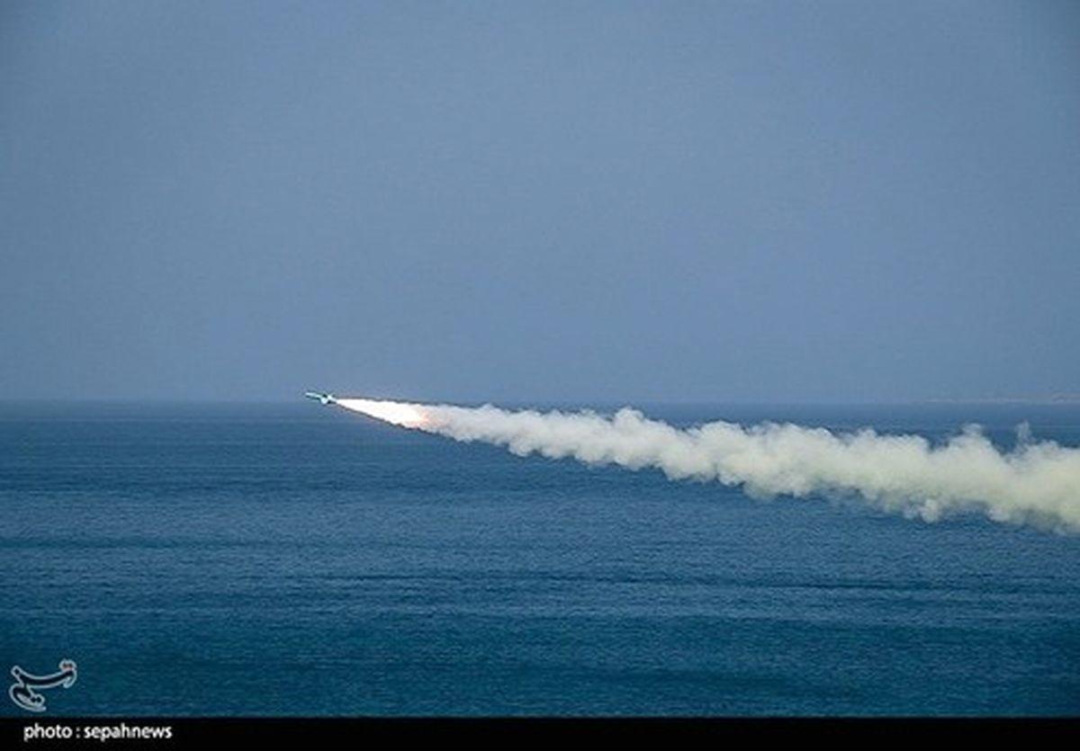 شلیک موشکهای دوربرد از عمق زمین در دومین روز رزمایش سپاه