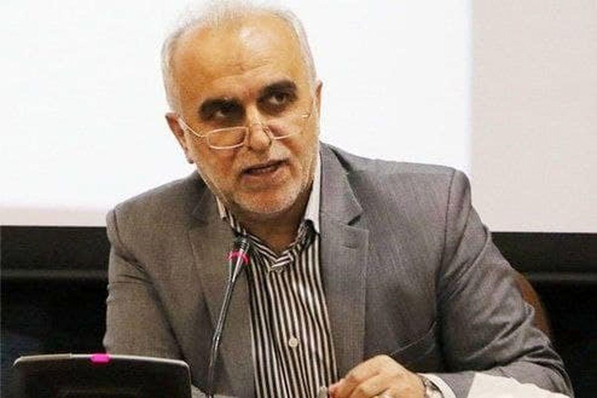 وزیر اقتصاد در آستانه استعفا