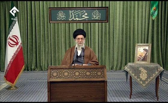 عکس: پخش زنده سخنرانی تلویزیونی رهبر انقلاب اسلامی