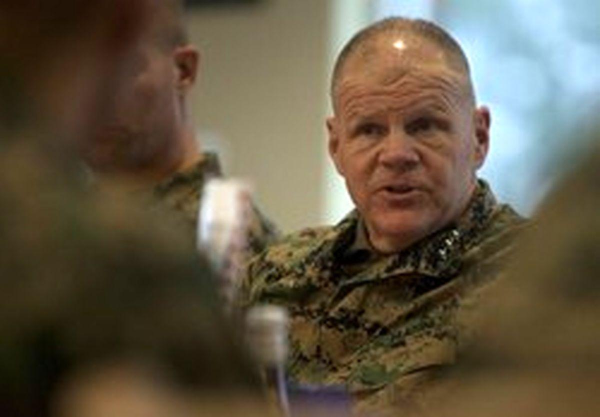 سفر فرمانده نیروهای دریایی آمریکا به افغانستان