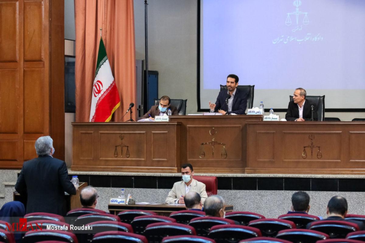 قاضی به متهم شمسآبادی: ارز را در خارج نگه میداشتید و با مابهالتفاوت آن از داخل ارز میخریدید