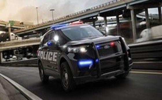 خودروی پلیس فورد چشمها را خیره کرد +عکس