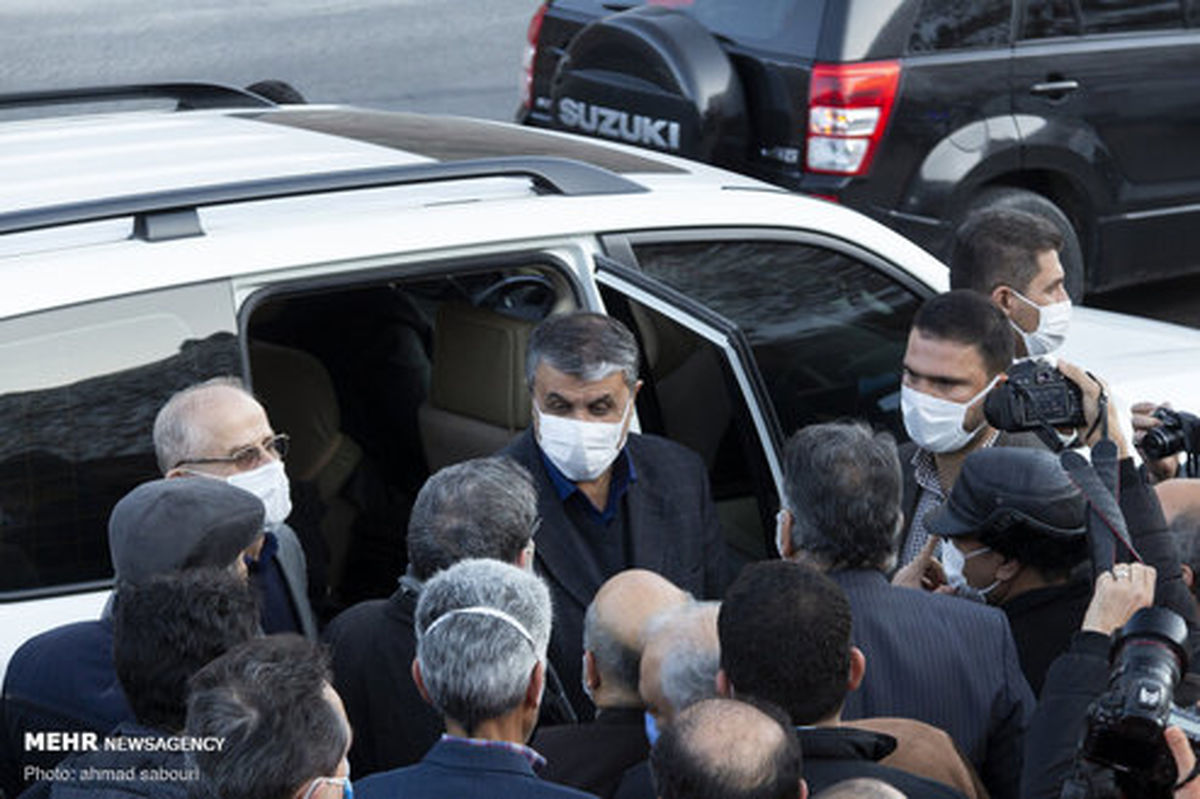 وزیر راه چه خودرویی سوار میشود؟ +عکس