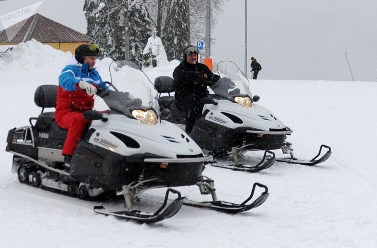 عکس: تفریح زمستانی پوتین در سرمای روسیه