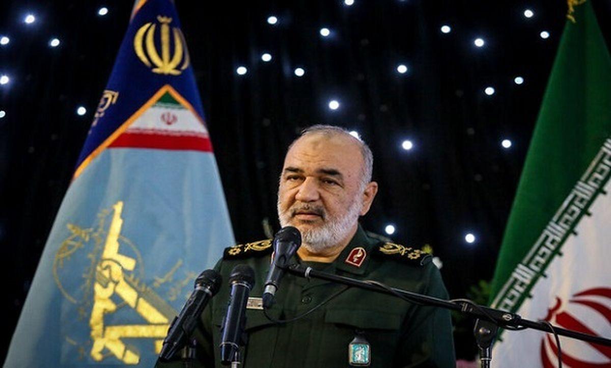 سرلشکر سلامی: موشکهای «کروز دریایی» سپاه با برد ۲۰۰۰ کیلومتر در راه است