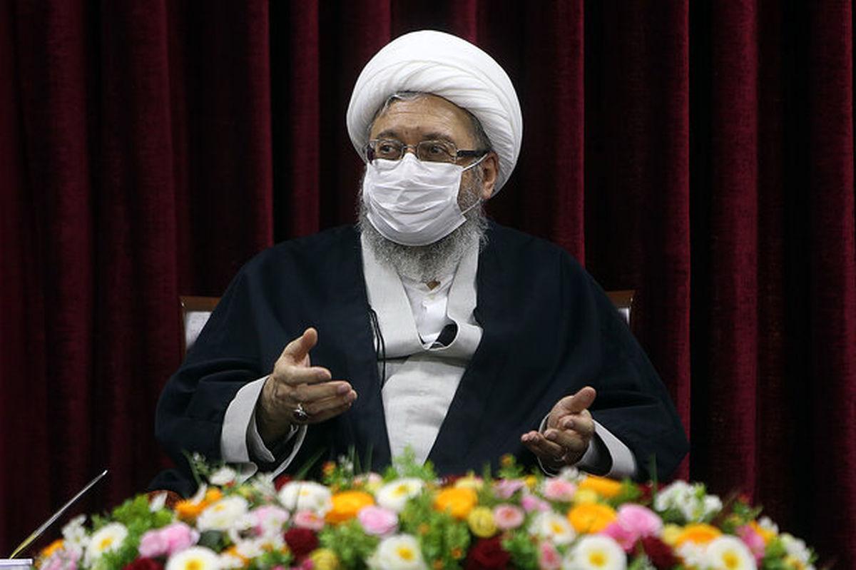 انتقاد آملی لاریجانی از افزایش غیر منطقی مناطق آزاد