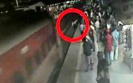 واکنش بینظیر مأمور قطار برای نجات جان مسافر! +فیلم