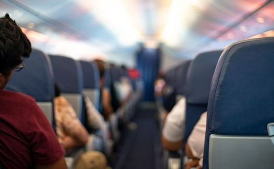 حرکت زشت یک مسافر در هواپیمای خارجی +عکس