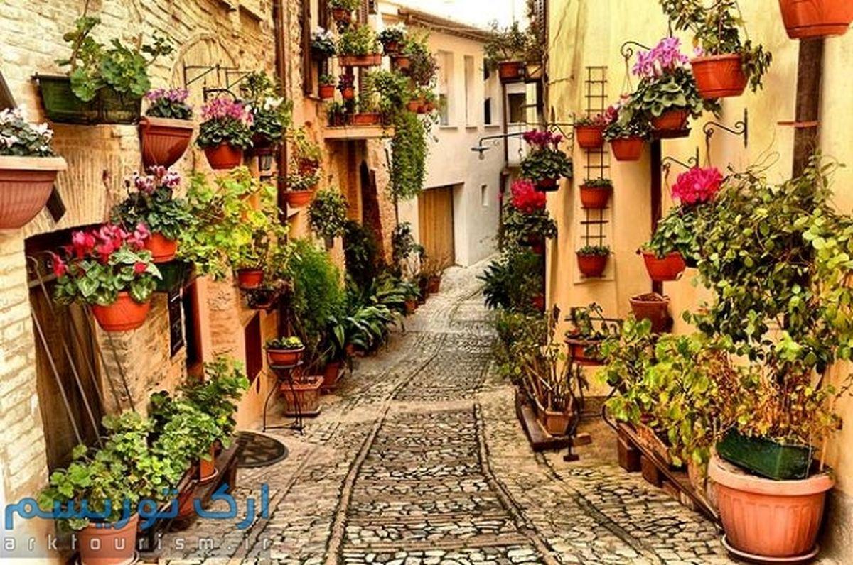 تصاویر: شهر گل در ایتالیا