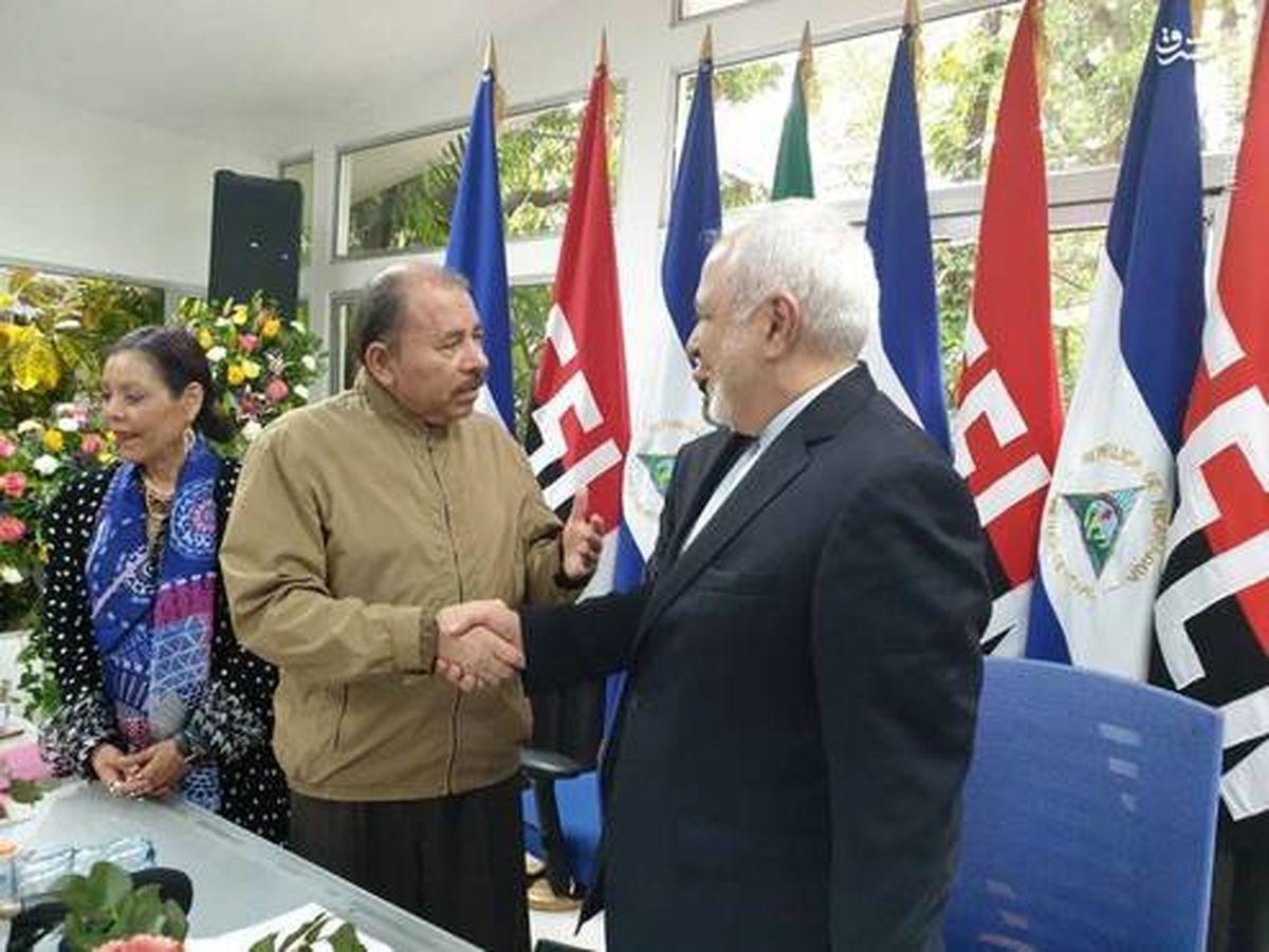 کاپشن رییسجمهور نیکاراگوئه در دیدار ظریف +عکس