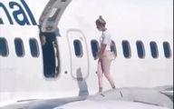 اقدام عجیب مسافر هواپیما که از گرما کلافه شده بود +فیلم