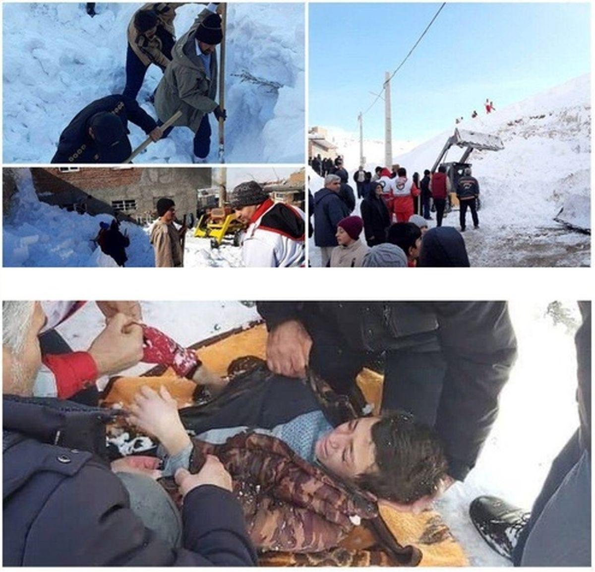 عکس: نجات پسرک ۱۱ ساله از زیر بهمن در کهنموی اسکو