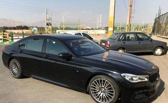 امیر قلعه نویی با چه خودرویی به تمرین گل گهر رفت؟ +عکس