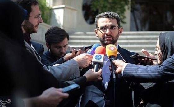 گفتگو با آذری جهرمی: نگذاشتند در مورد پرتاب ماهواره اطلاع رسانی کنیم