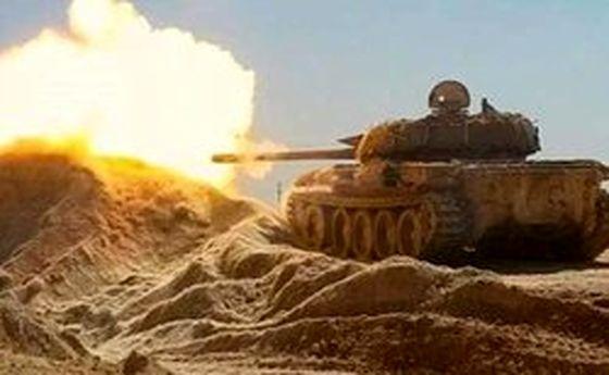حملات ارتش سوریه به مواضع تروریستها در حومه حماه و ادلب