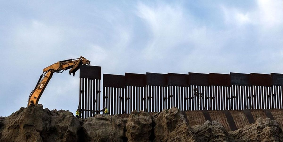 چراغ سبز بایدن برابی ادامه دیوار مرزی ترامپ