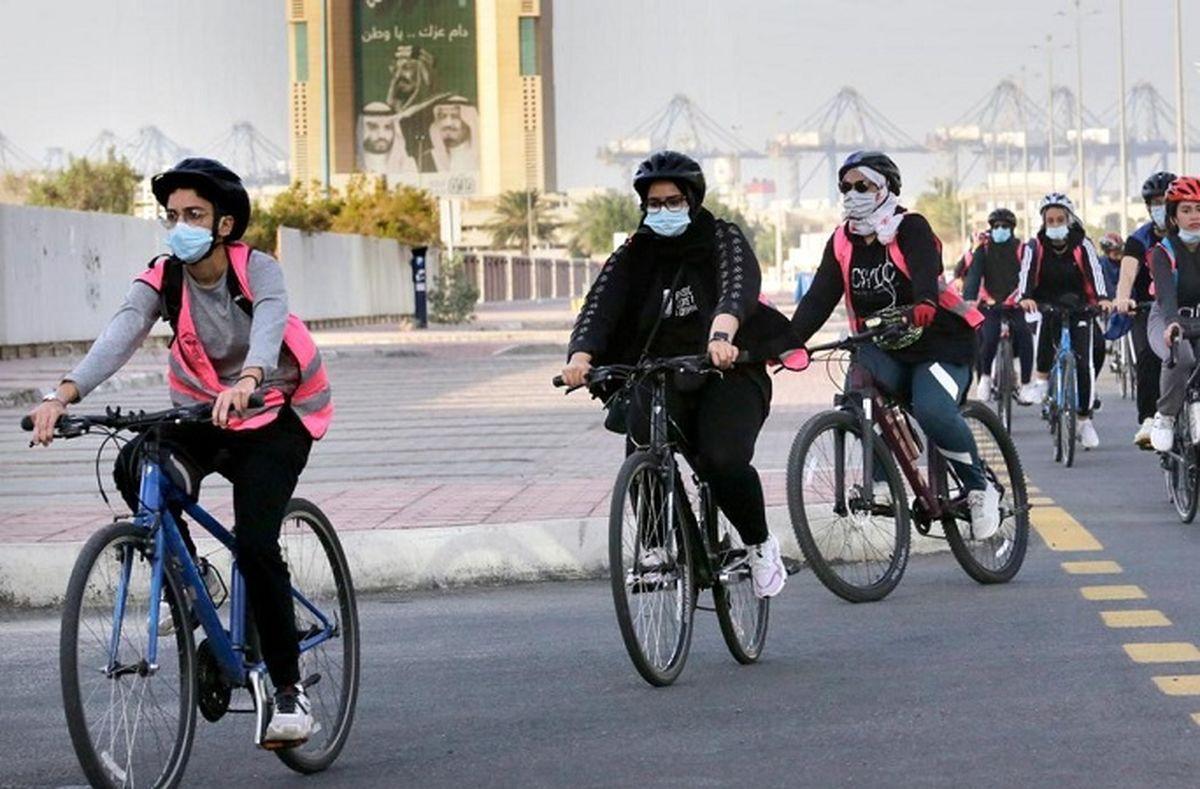 دوچرخه سواری دختران مشهدی ممنوع شد! + عکس