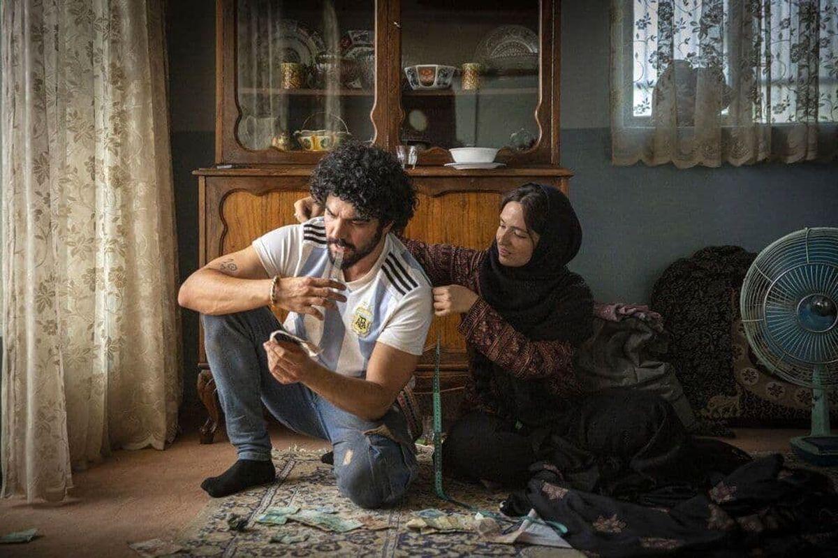 گلاره عباسی و سینا مهراد در شادروان +عکس