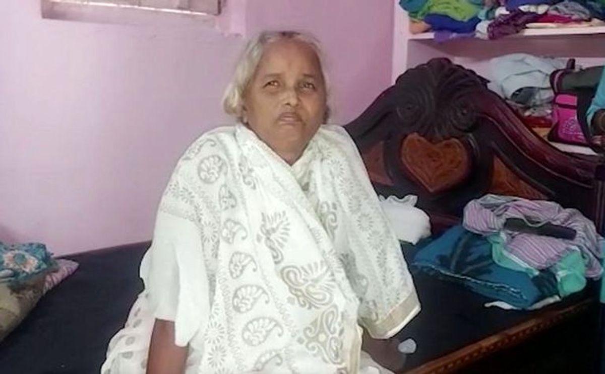 مرد هندی پس از تشییع همسر متوفی اش را در خانه دید! +عکس