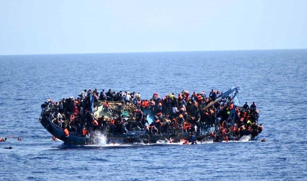 واژگونی قایق مهاجران در لیبی با ۱۳۰ مهاجر